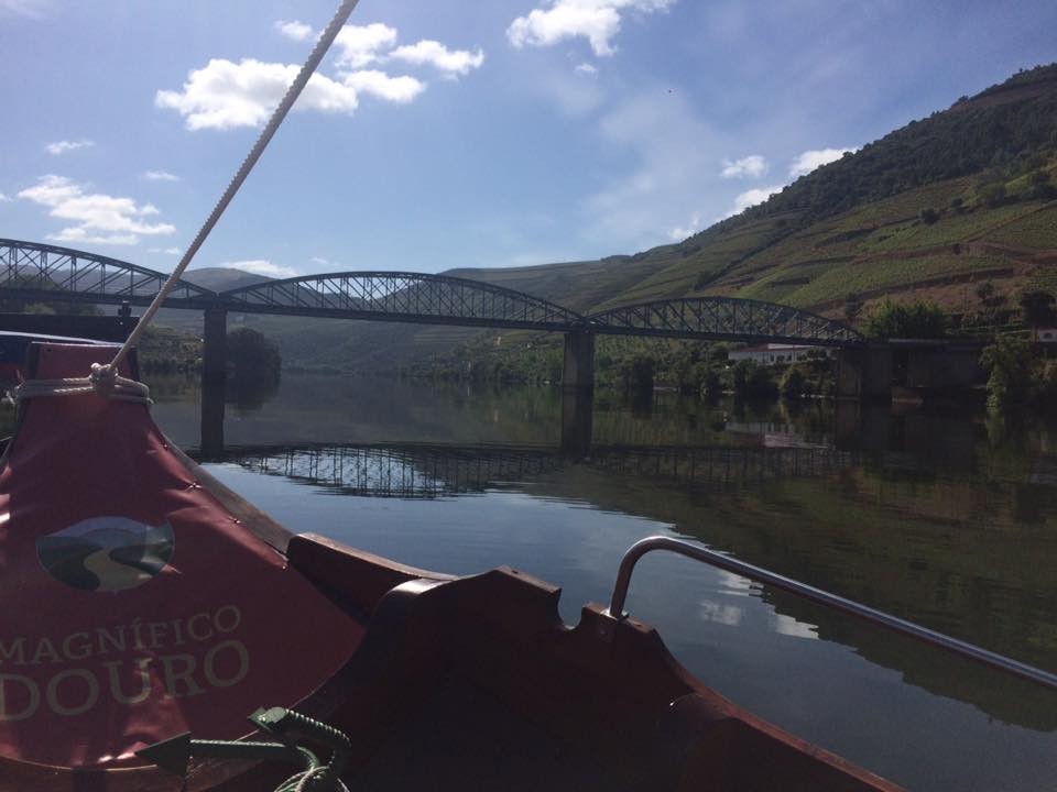 Portugal Douro Fluss Bootsfahrt Rabenlos Pinhao Foz