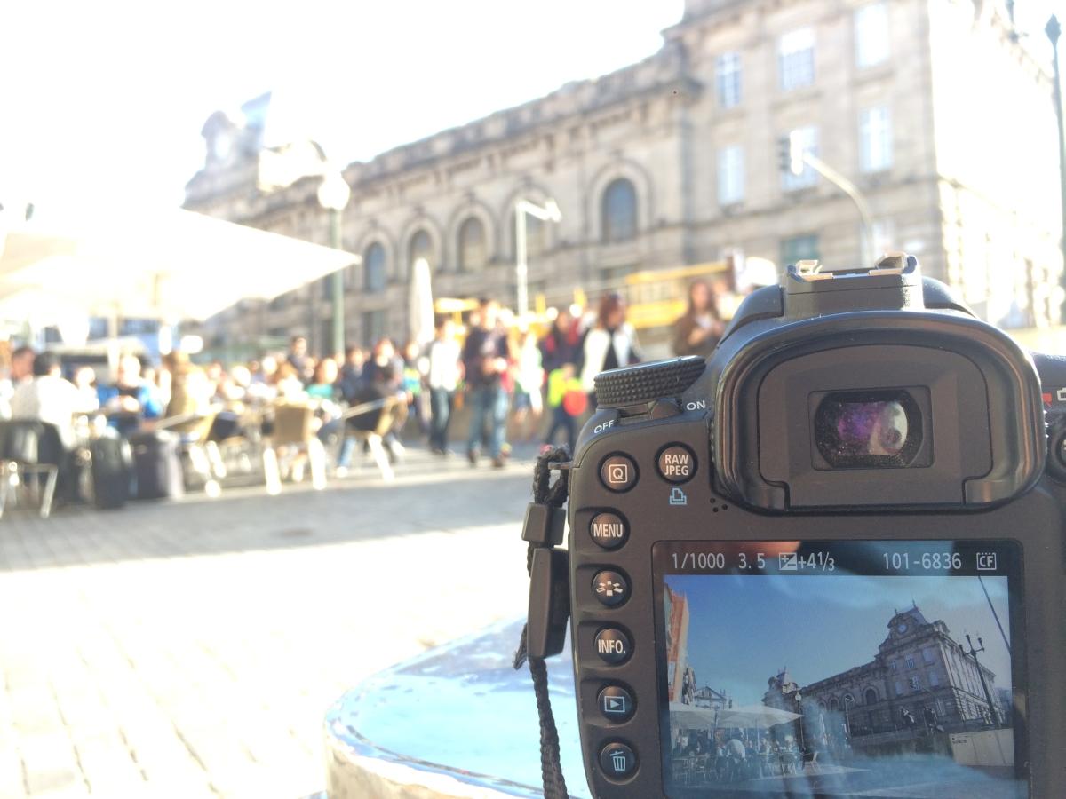 Sao Bento ist iner der schönste Bahnhöfeder Welt und ein magnetischer Anziehungspunkt in Porto