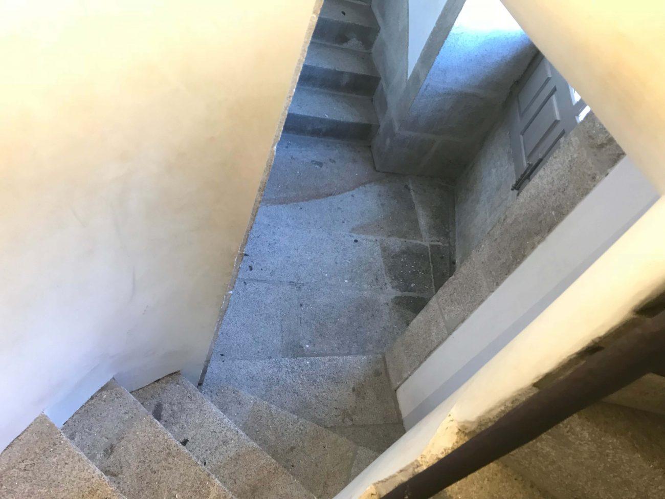 Porto Sightseeing Glockenturm Torre de Clerigos Aussichtspunkt Miradouro steile Treppe