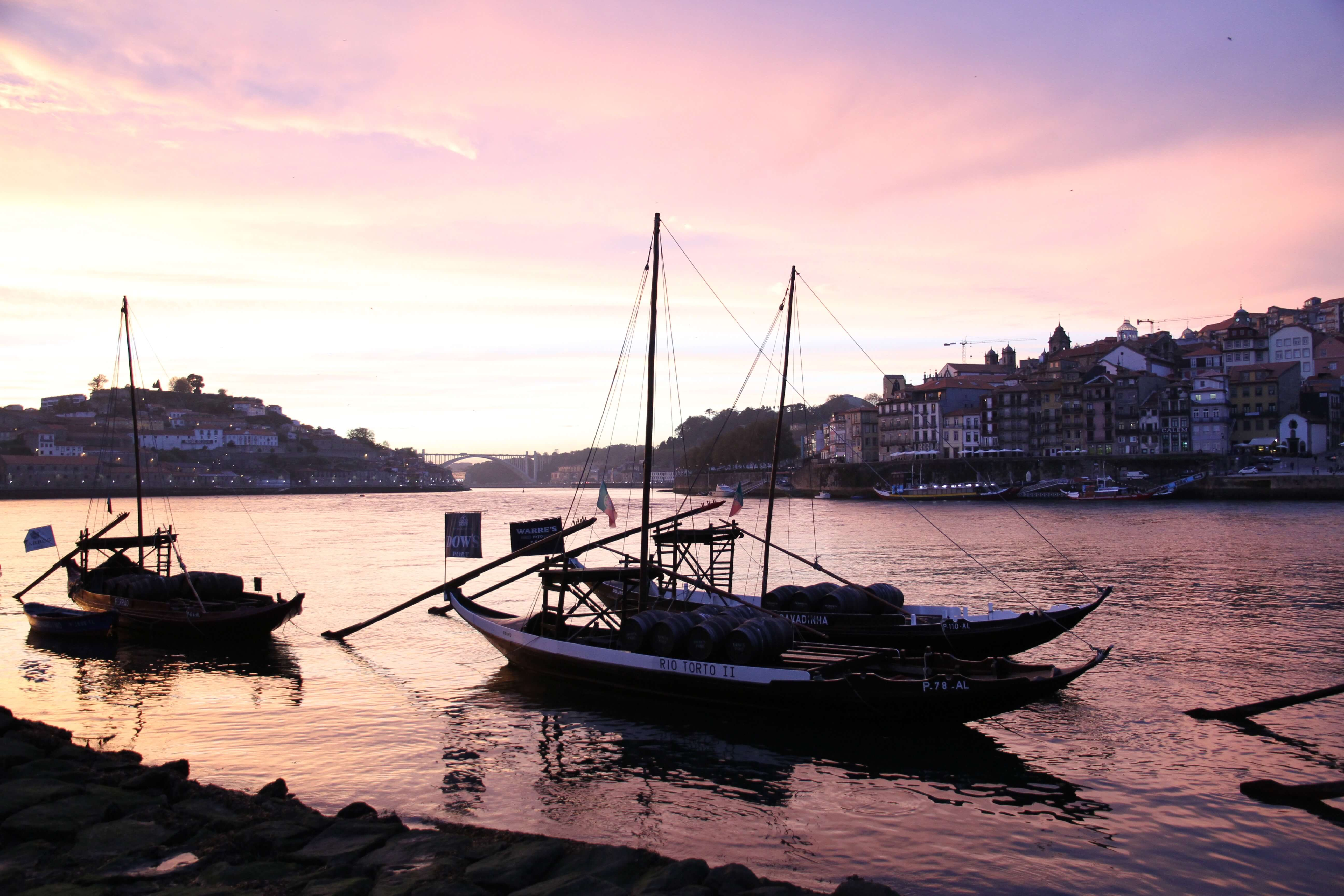 Sonnenuntergang in Porto – ein Highlight beim Sightseeing