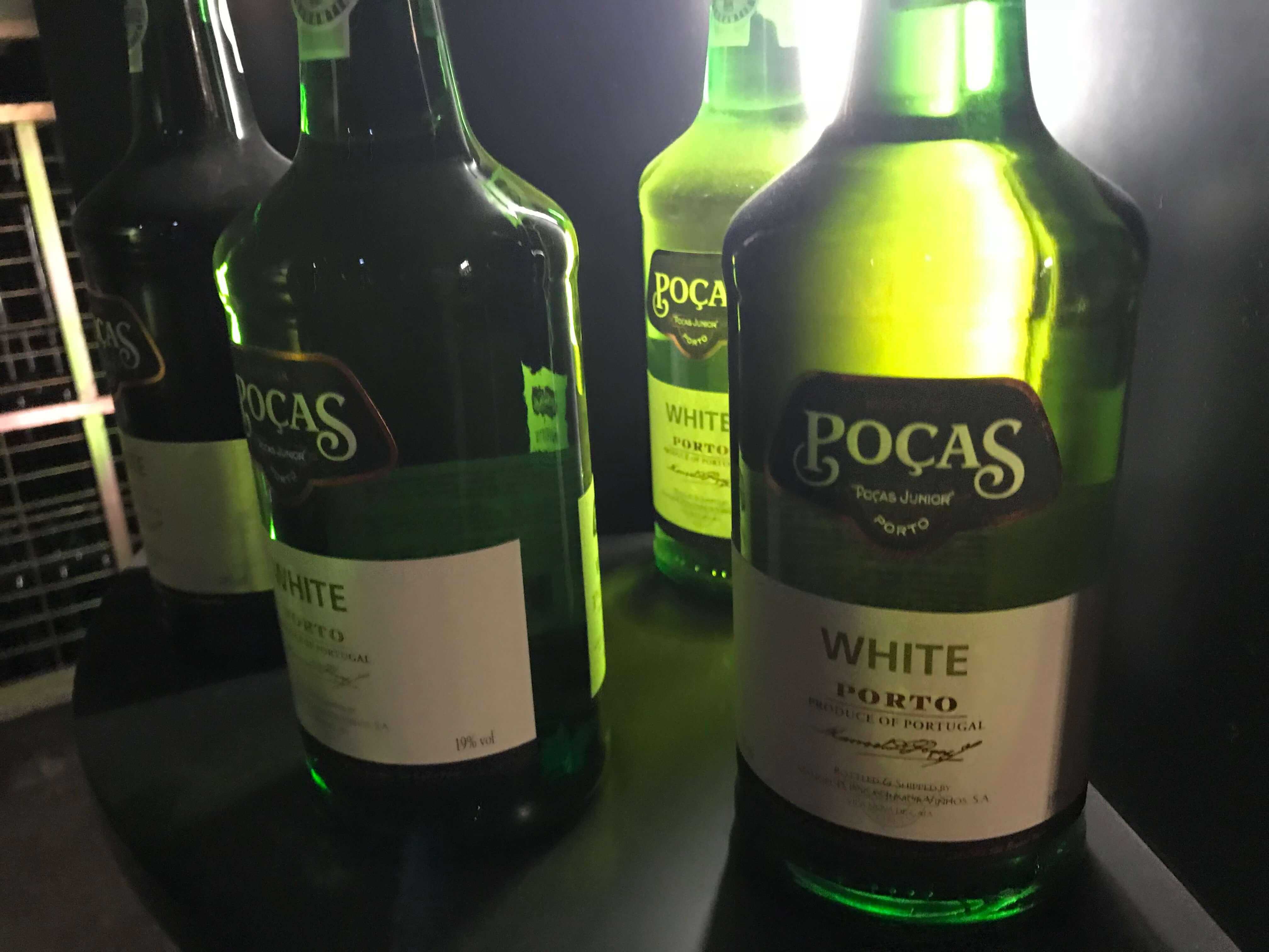 White Porto oder Weißer Portwein von Pocas